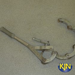 """Iron Pipe Cutter 3""""-4"""" hand operated"""
