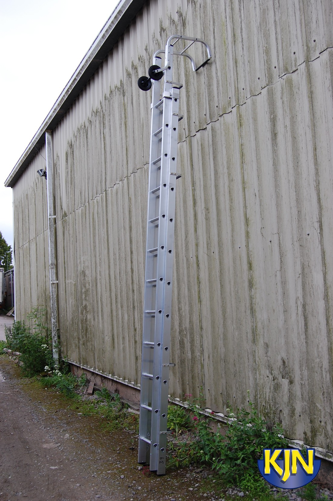 Extending Roof Ladder 4.0m to 6.6m