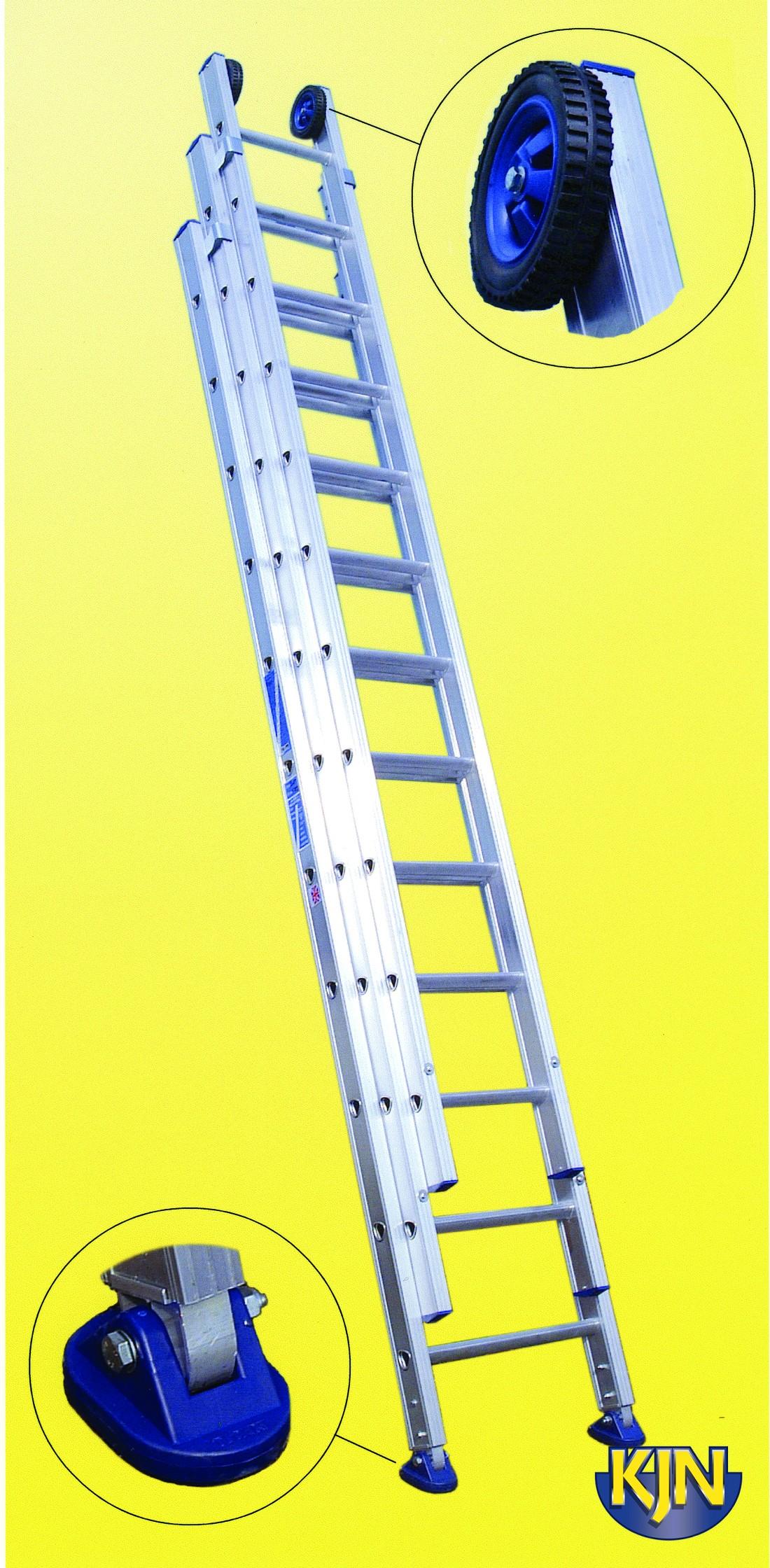 Extendable 5.5m Triple Ladder