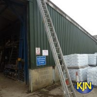 Extendable 9.1m Rope Operated Double Ladder