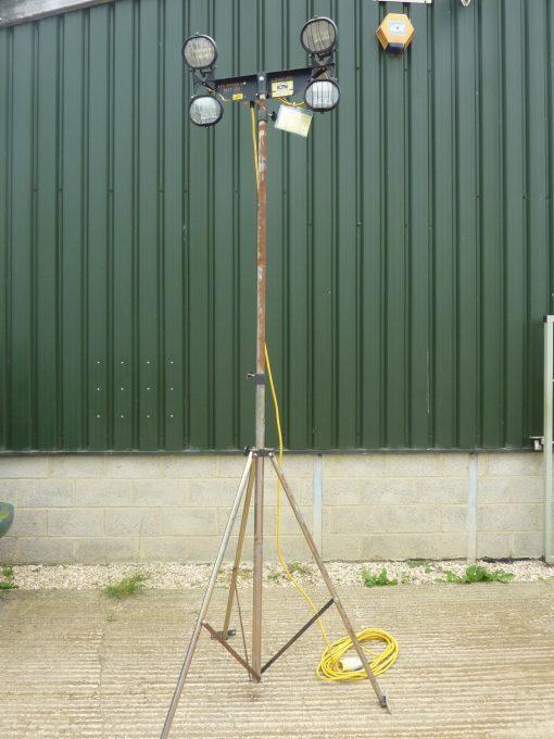 Four Head Halogen Mast Light