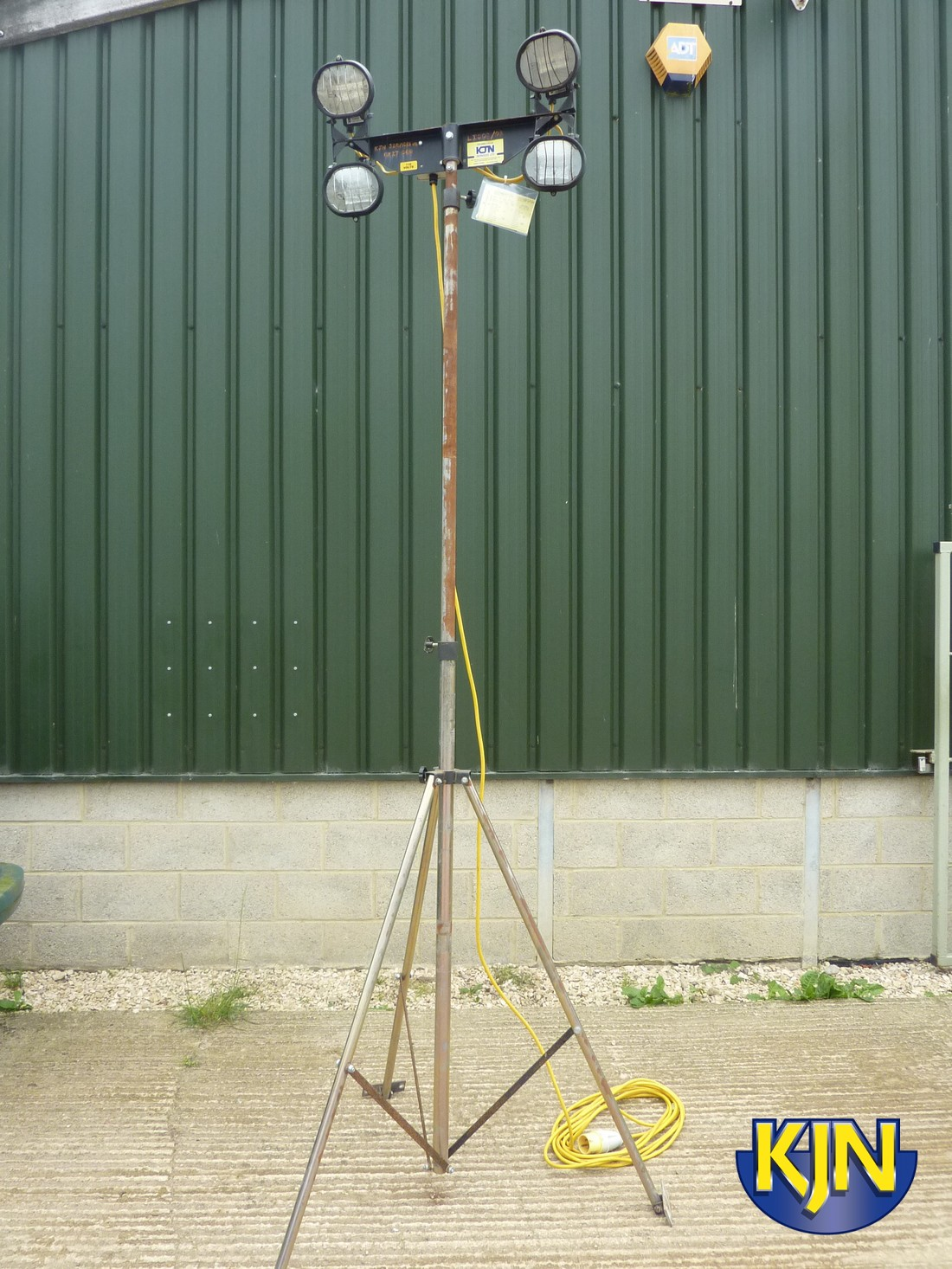 Four Head Halogen Mast Light
