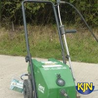 Cold Water Pressure Washer up to 1,250 psi / 86 bar